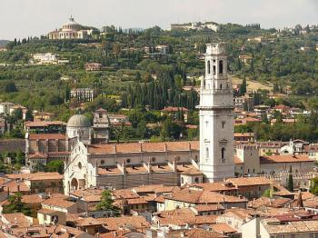 DUOMO DI VERONA | visto dalla Torre dei Lamberti |