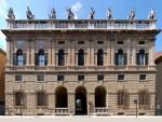 CORSO CAVOUR - palazzo canossa