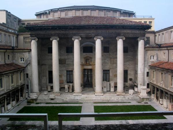 TEATRO FILARMONICO verona (esterno)