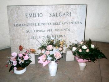 EMILIO SALGARI lapide cimitero monumentale verona