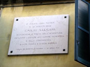 EMILIO SALGARI targa presso la casa natale